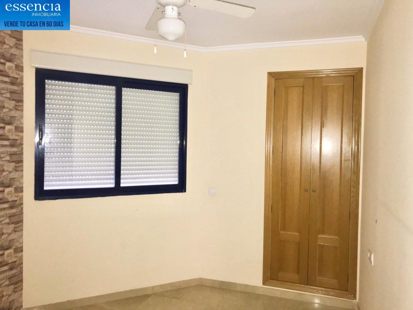 Apartamento de 2 dormitorios y 2 baños con salón con balcón. - imagenInmueble9
