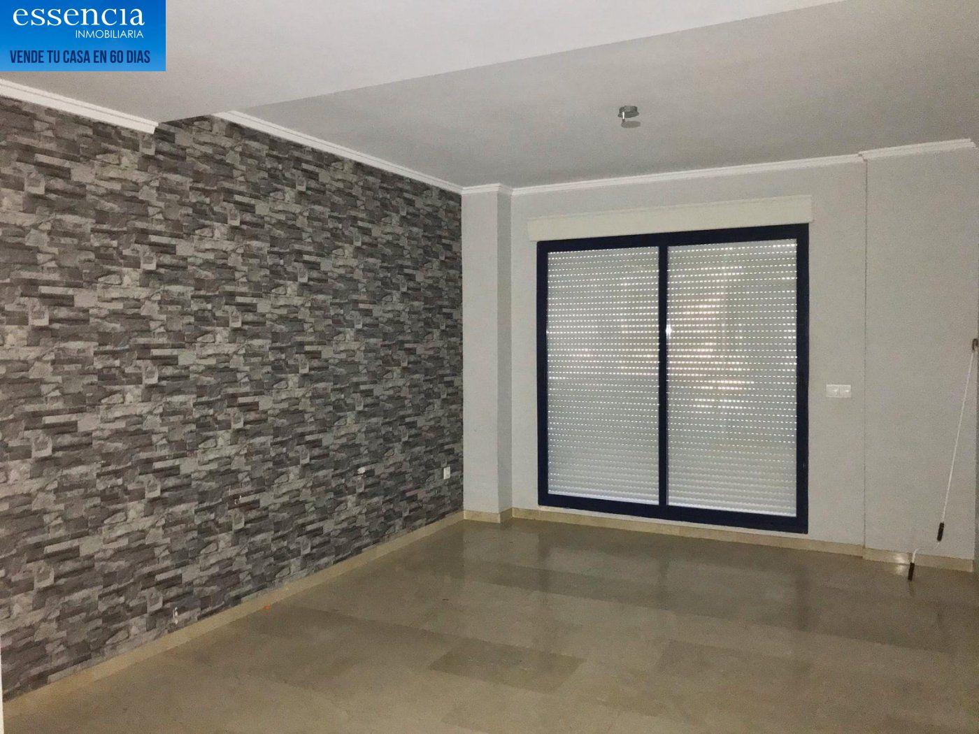 Apartamento de 2 dormitorios y 2 baños con salón con balcón. - imagenInmueble2