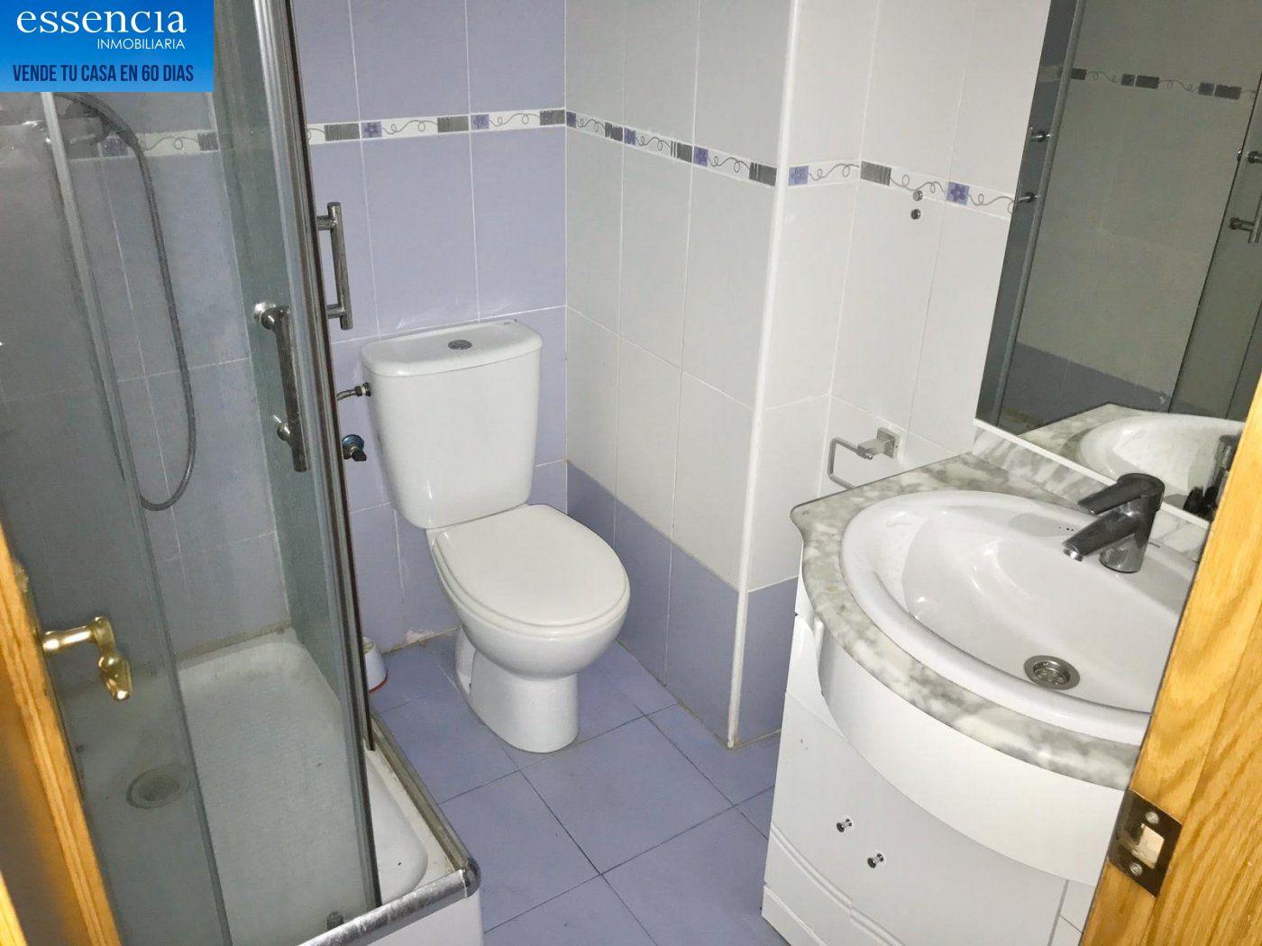 Apartamento de 2 dormitorios y 2 baños con salón con balcón. - imagenInmueble7