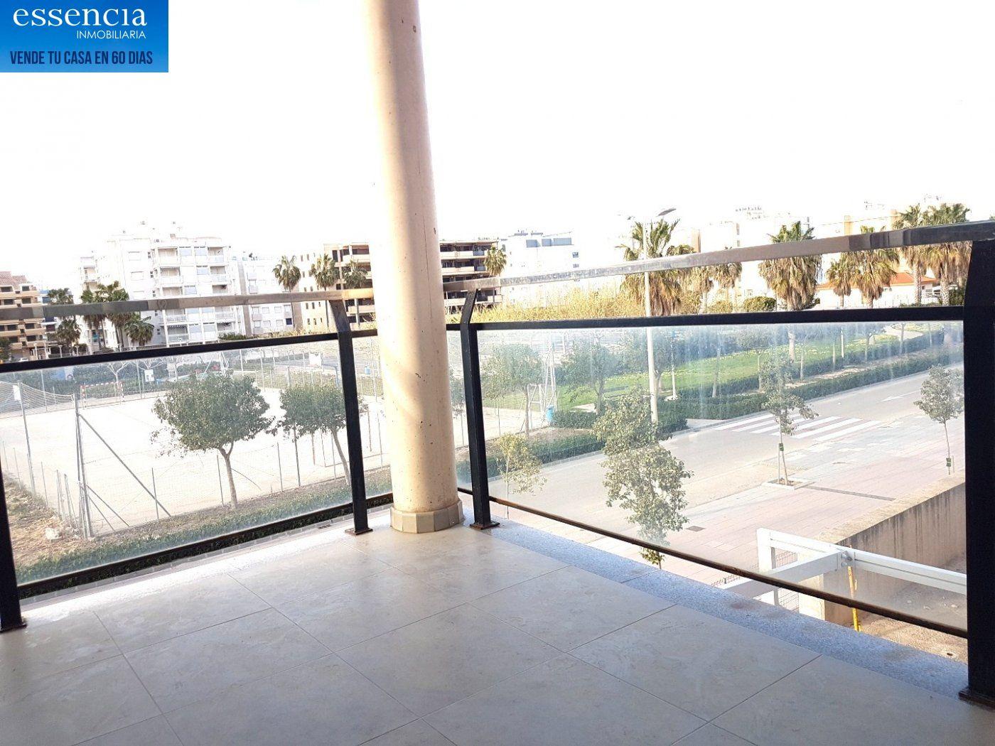 Apartamento con vistas al mar en playa de bellreguard.  garaje y piscina. - imagenInmueble1