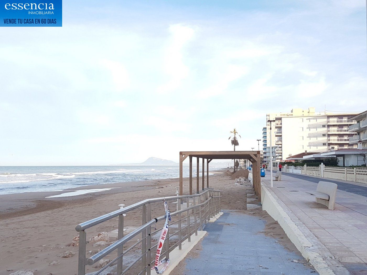 Apartamento con vistas al mar en playa de bellreguard.  garaje y piscina. - imagenInmueble22