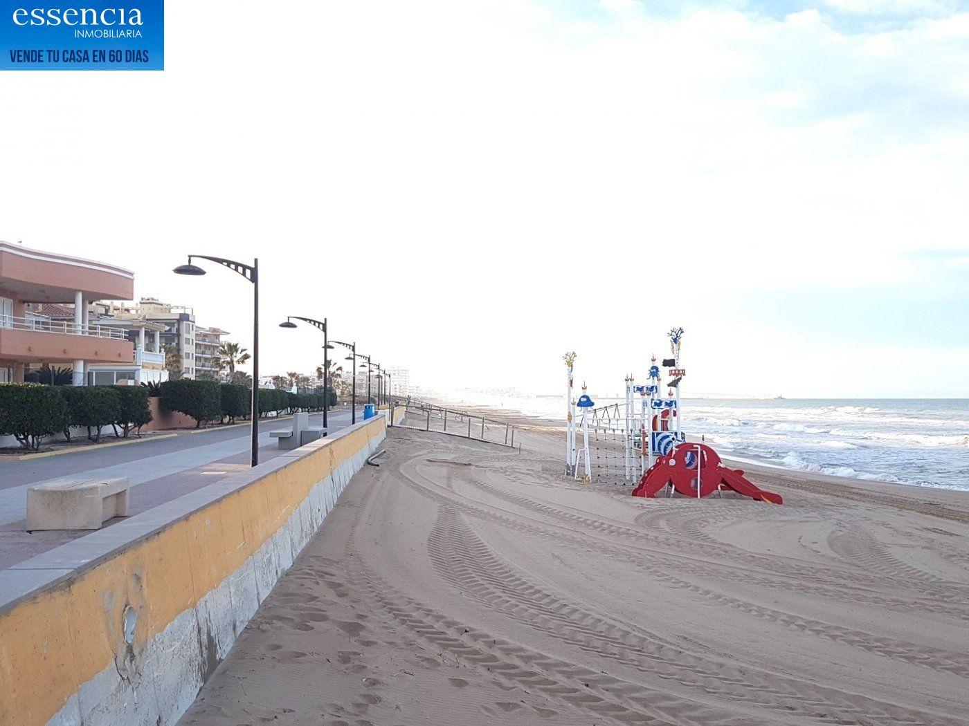 Apartamento con vistas al mar en playa de bellreguard.  garaje y piscina. - imagenInmueble23