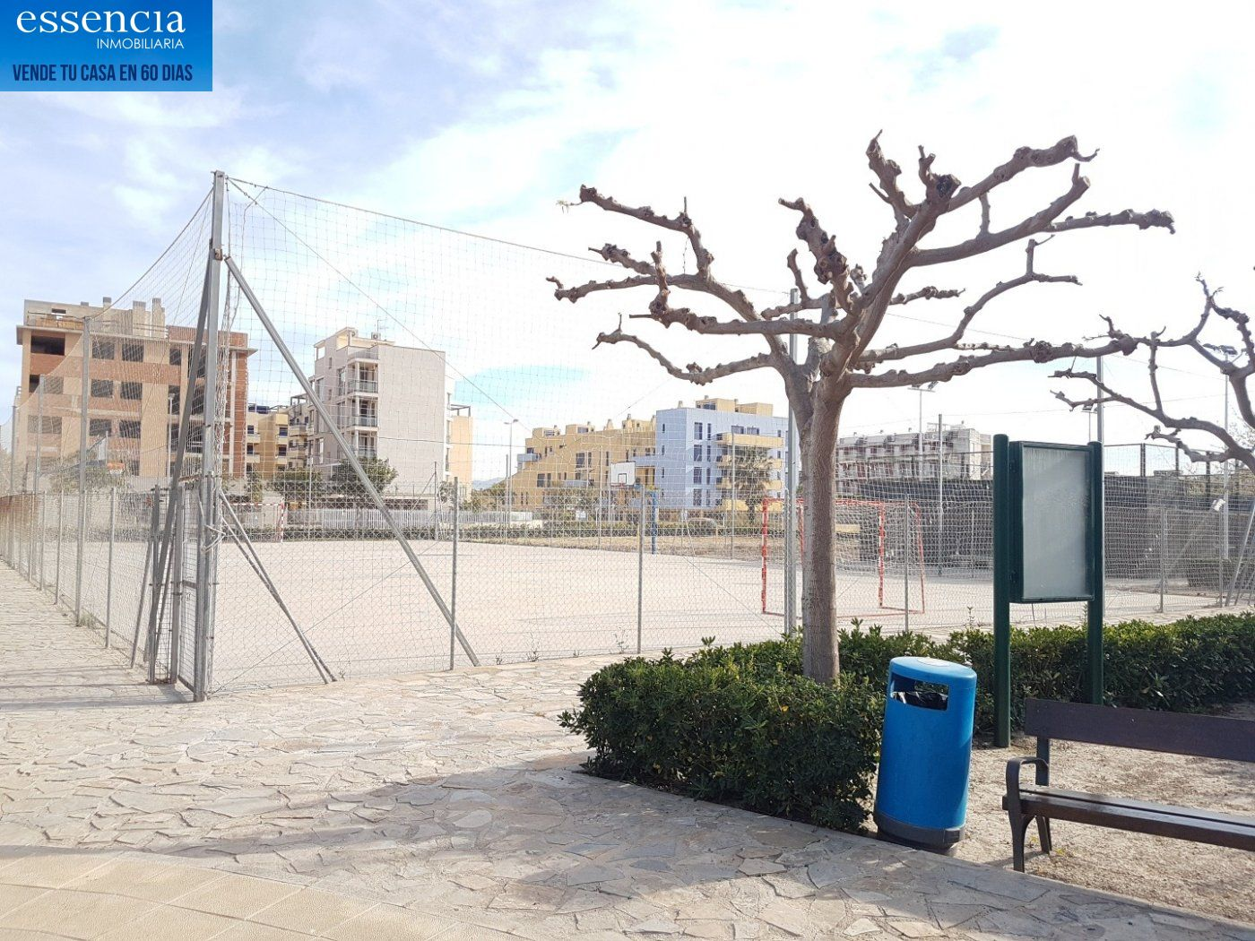 Apartamento con vistas al mar en playa de bellreguard.  garaje y piscina. - imagenInmueble26
