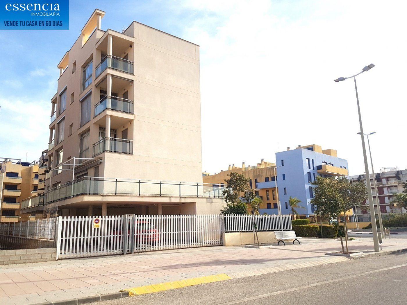 Apartamento con vistas al mar en playa de bellreguard.  garaje y piscina. - imagenInmueble34