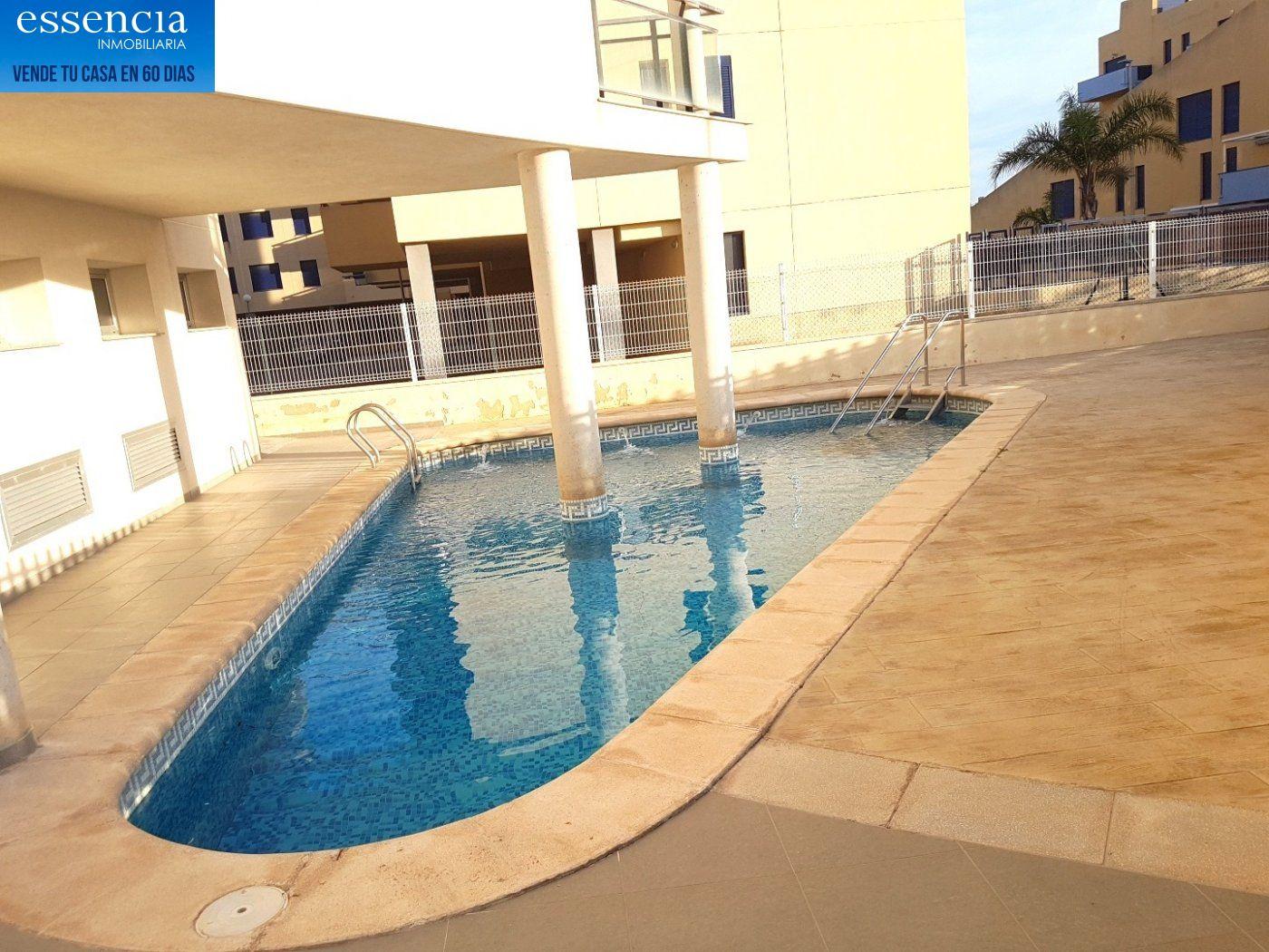 Apartamento con vistas al mar en playa de bellreguard.  garaje y piscina. - imagenInmueble7