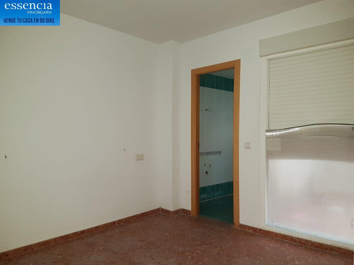 Piso en entresuelo de 2 dormitorios y 1 baño con patio - imagenInmueble8