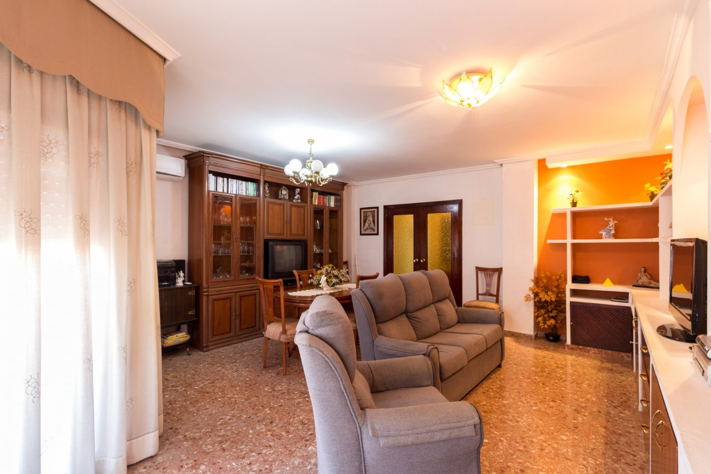 Espectacular piso con ascensor en el municipio de torrente. - imagenInmueble0