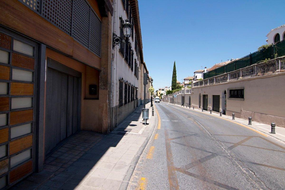 Plaza de garaje en el Barrio de El Realejo, Granada