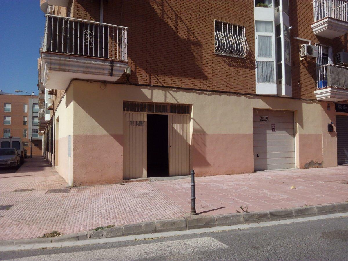 Local en venta en Torrecardenas, Almeria
