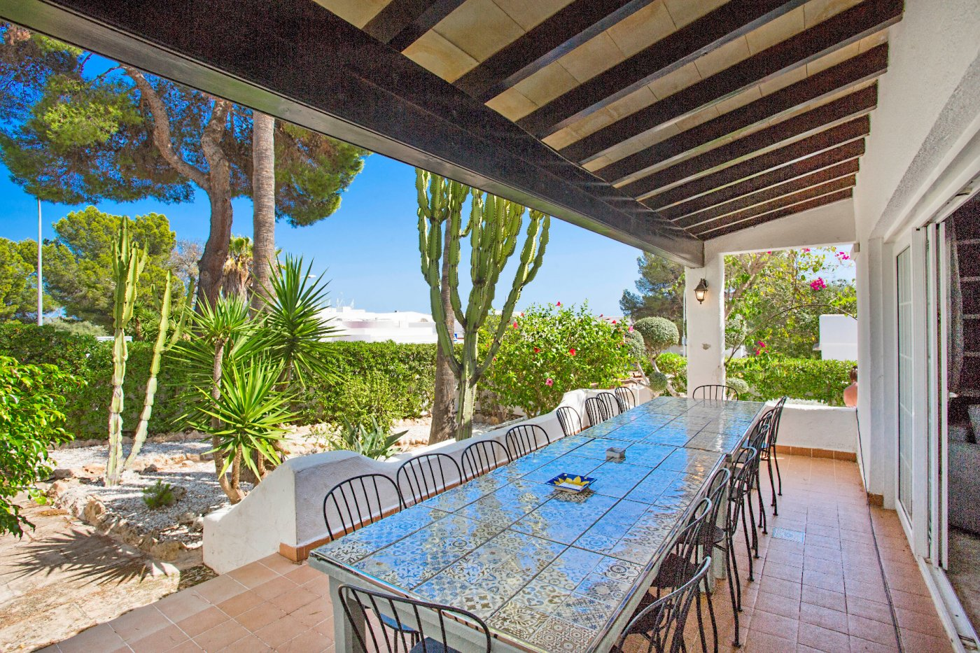 Casa espaciosa con piscina y licencia vacacional