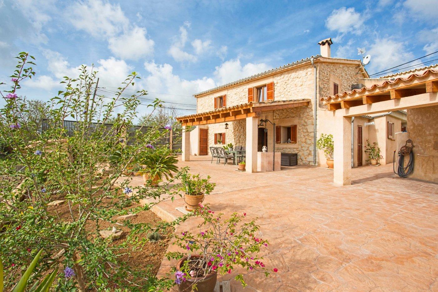Preciosa casa de piedra mallorquina completamente reformada en es capdella