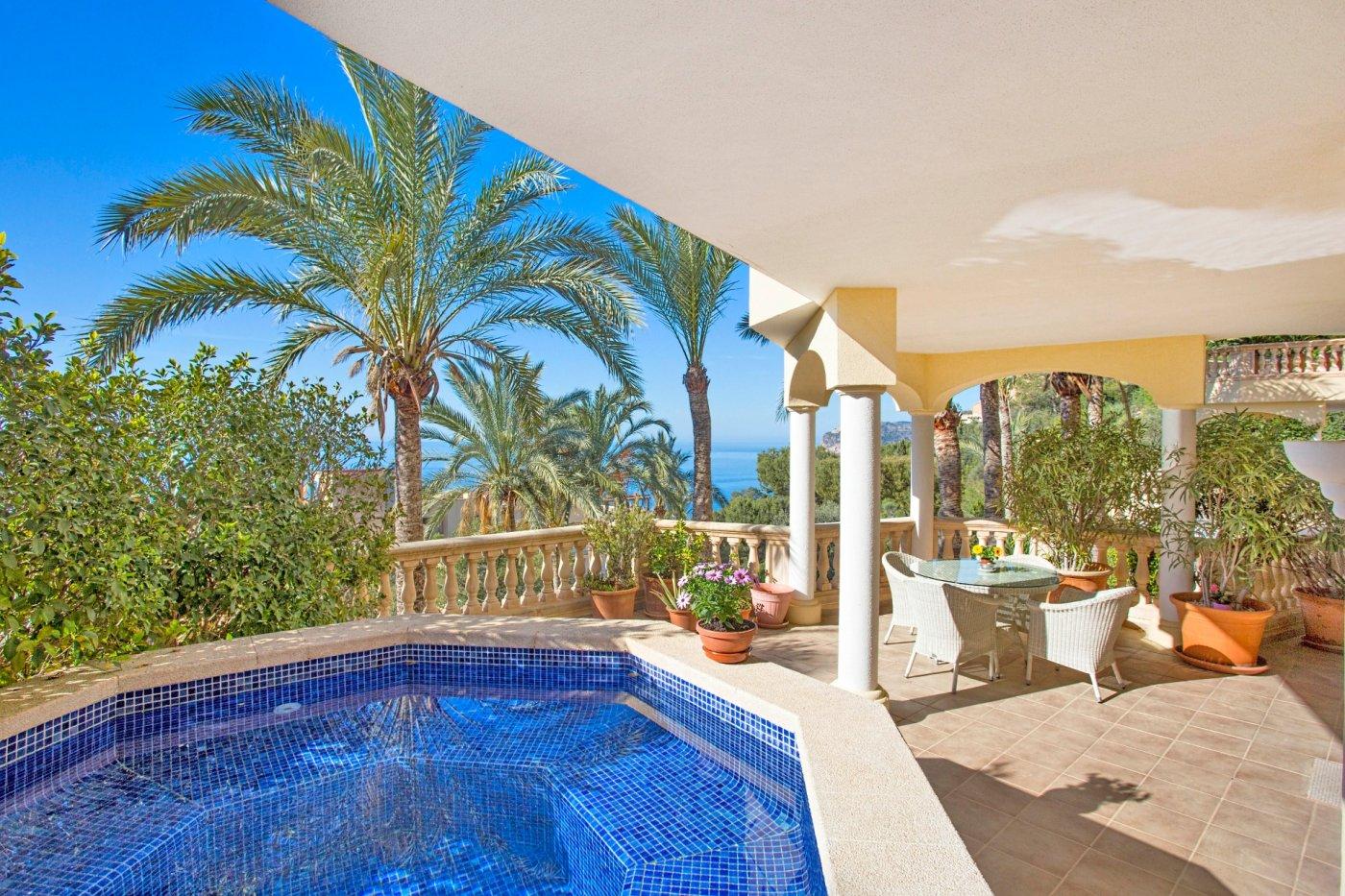 Magnífico apartamento con espectaculares vistas panorámicas al mar en costa de la calma