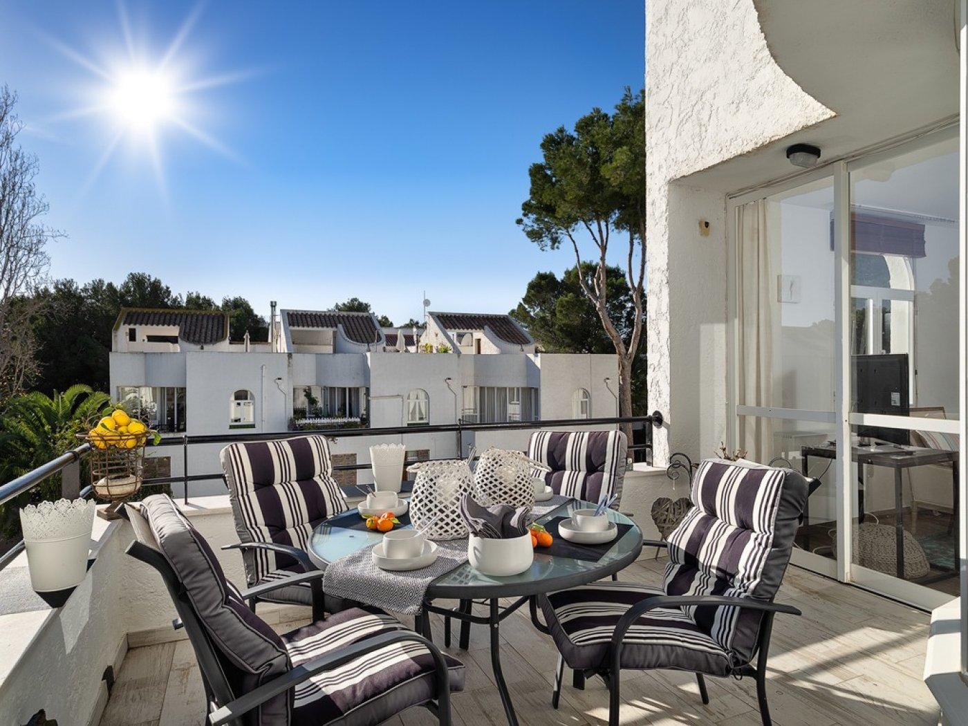 Elegante dúplex con terraza en sol de mallorca