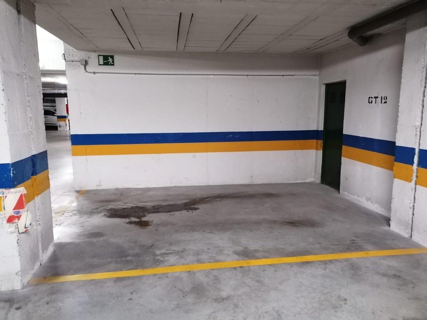 Garaje en alquiler en San Felipe, Cadiz