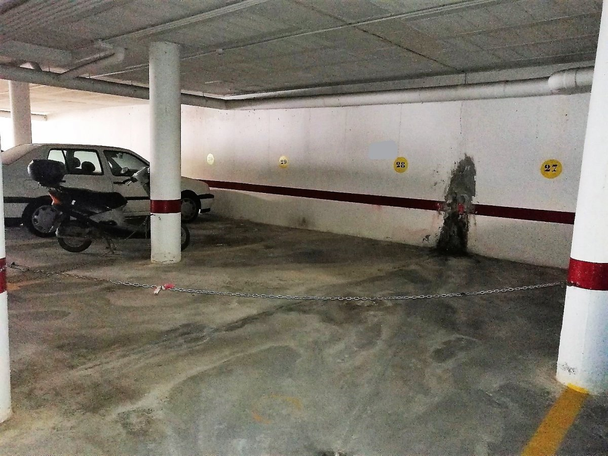 garaje en chipiona · avenida-de-rota 7000€