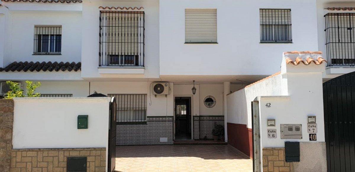 duplex en sanlucar-de-barrameda · la-dehesilla 135000€