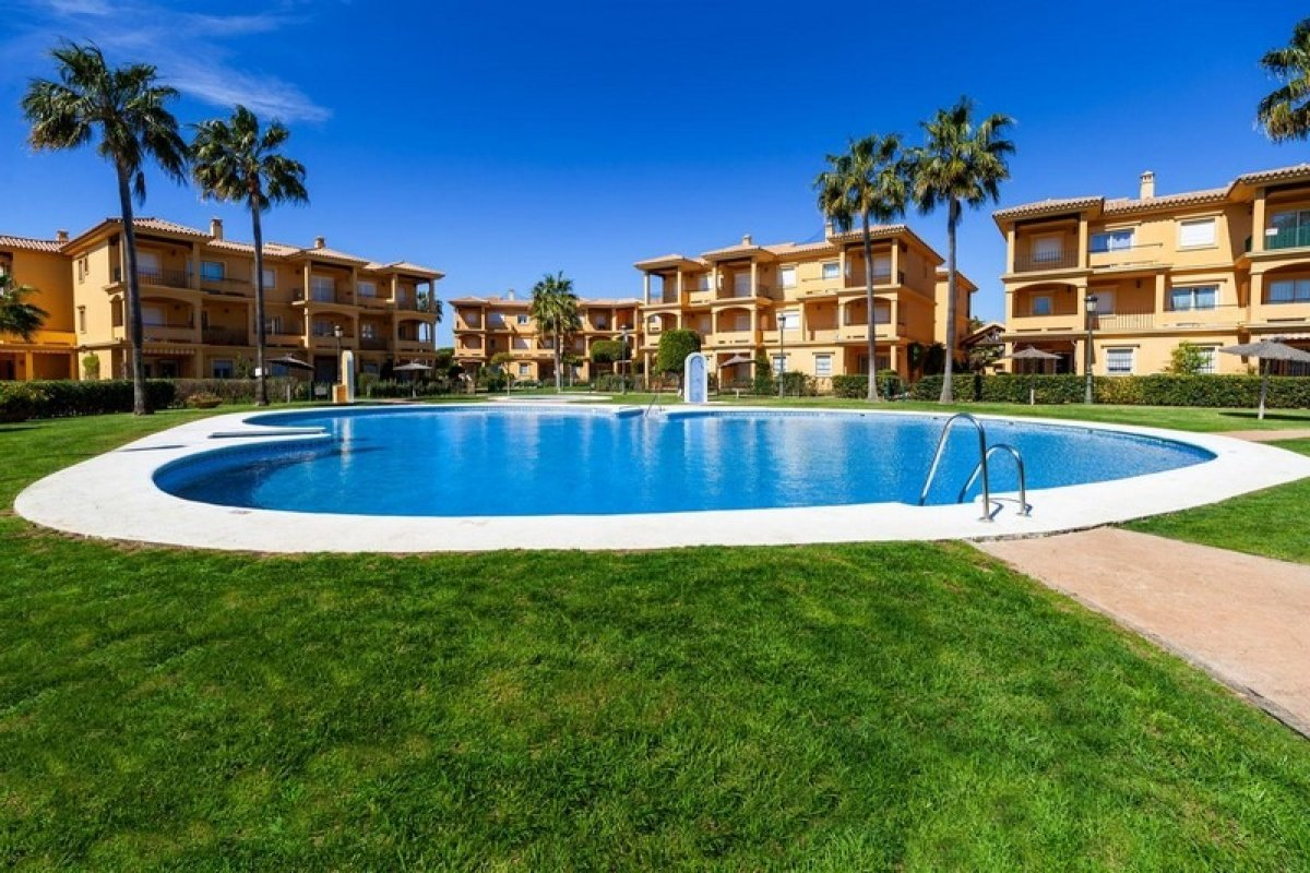 apartamento en chiclana-de-la-frontera · novo-sancti-petri 155000€