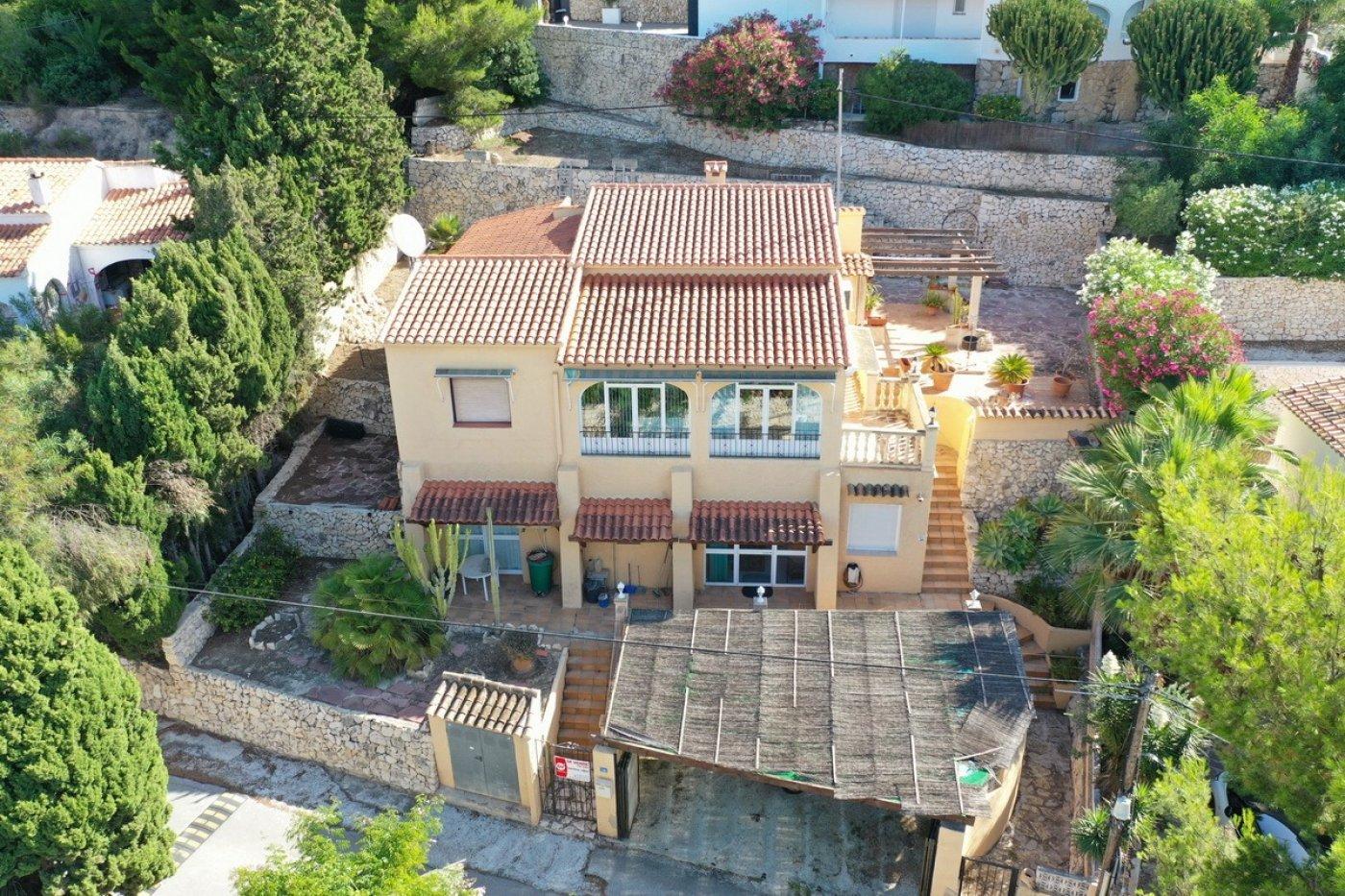 villa en benissa-costa · baladrar 195000€
