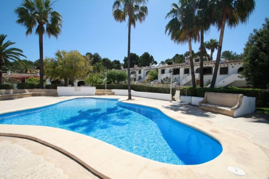 bungalow en moraira · costera-del-mar 650€