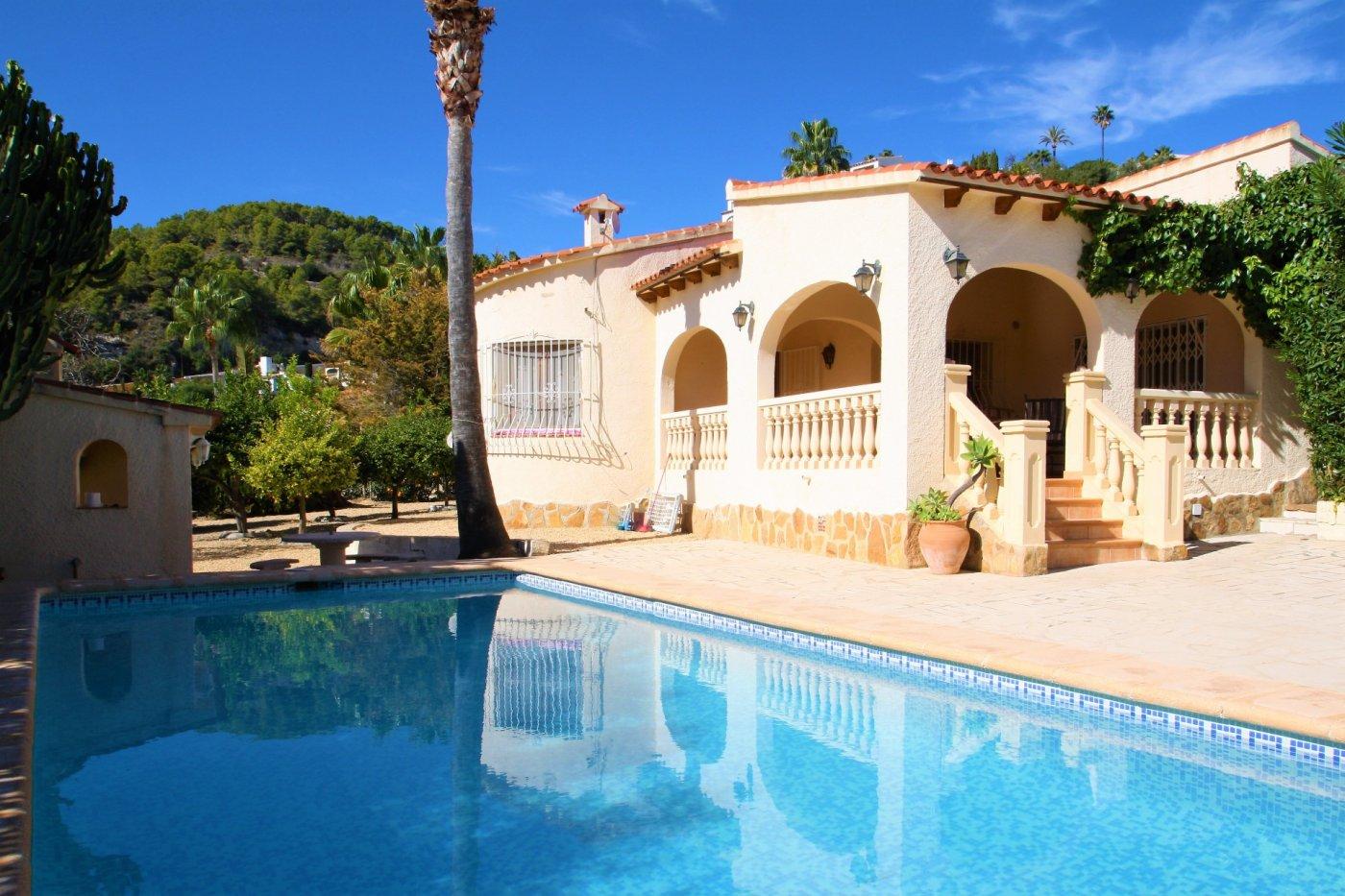 villa en benissa-costa · urb-montemar 390000€