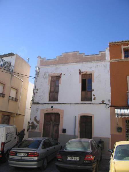 village-house en teulada · centro-teulada 370300€