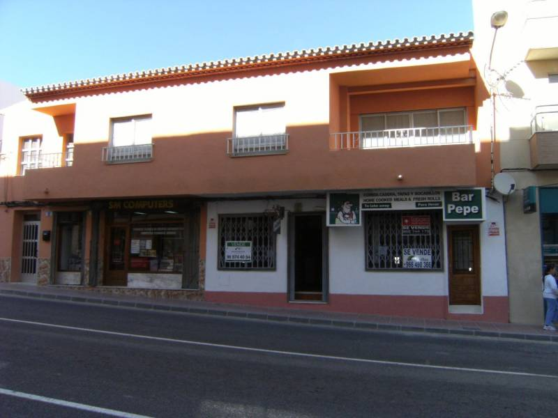 local-comercial en benitachell · centro 133900€