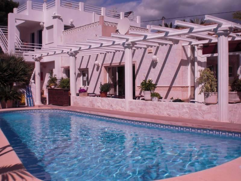 hotel en calpe · playa-de-la-fossa 950000€
