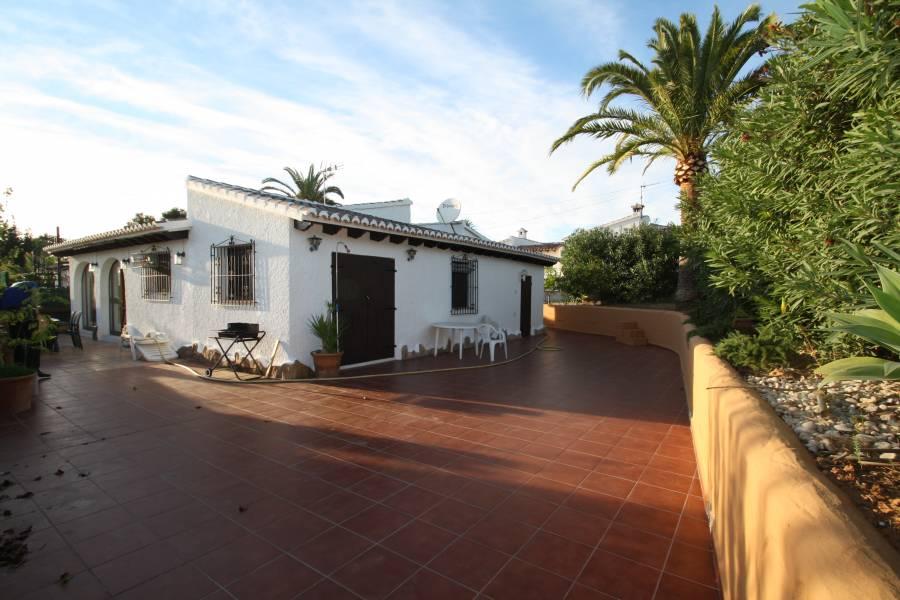 villa en moraira · camarrocha 199500€