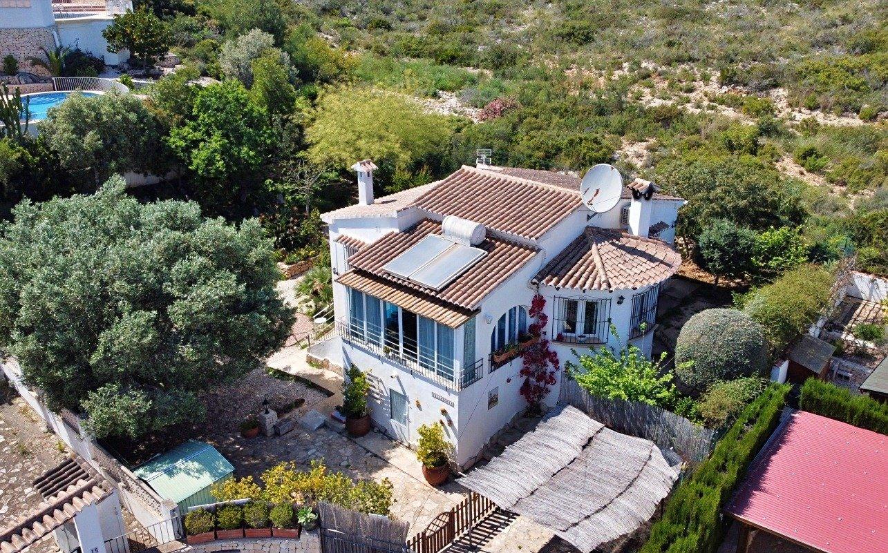 villa en benitachell · les-fonts 199000€