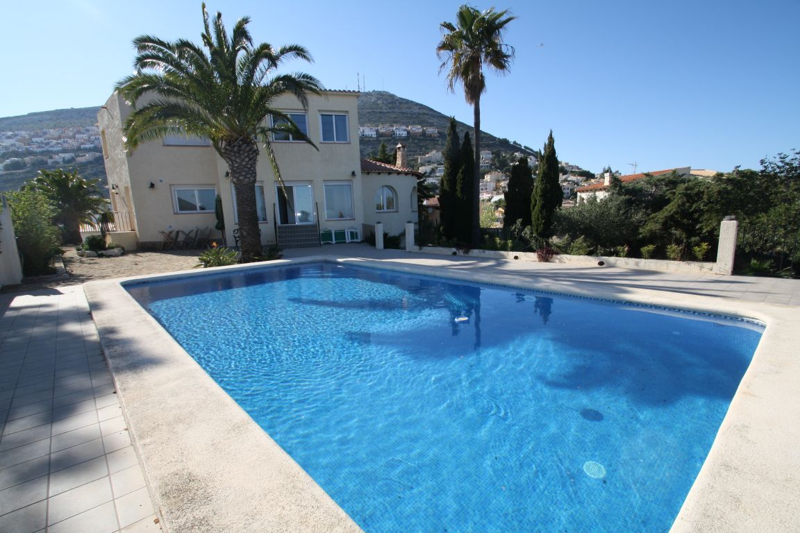 villa en benitachell · cumbre-del-sol 1800€
