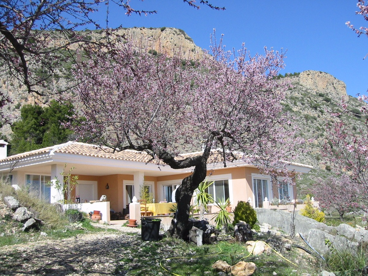 country-house en guadalest · confrides 395000€