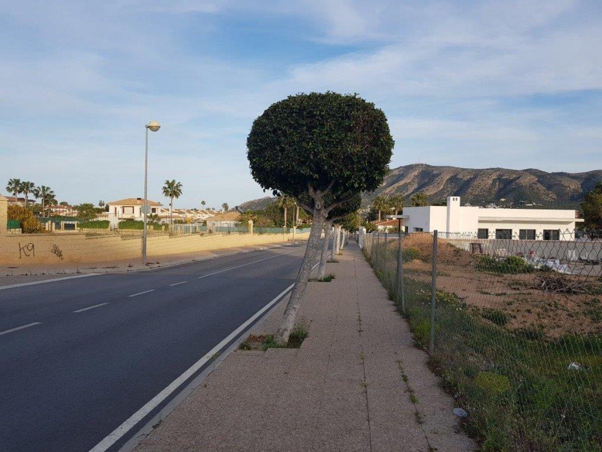 parcela en lalfas-del-pi · sin-zona 165000€