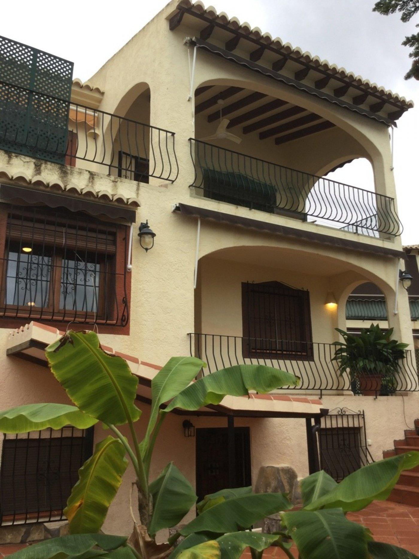 villa en moraira · playetes 498000€