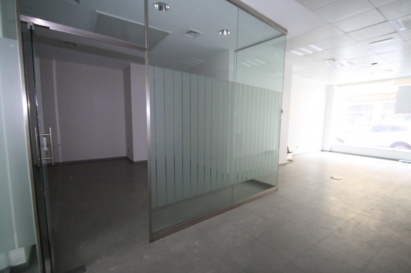 local-comercial en moraira · centro 225000€