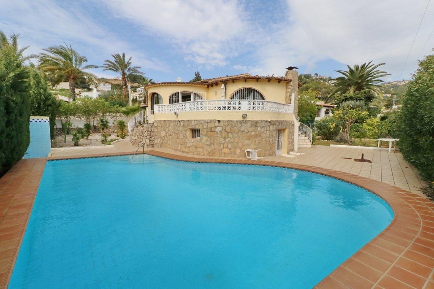 villa en benissa-costa · urb-montemar 275000€