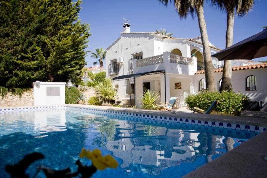 Villa for sale in Pueblo, Alfaz del Pi