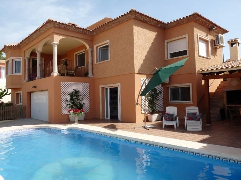 villa en altea · urbanizaciones 475000€