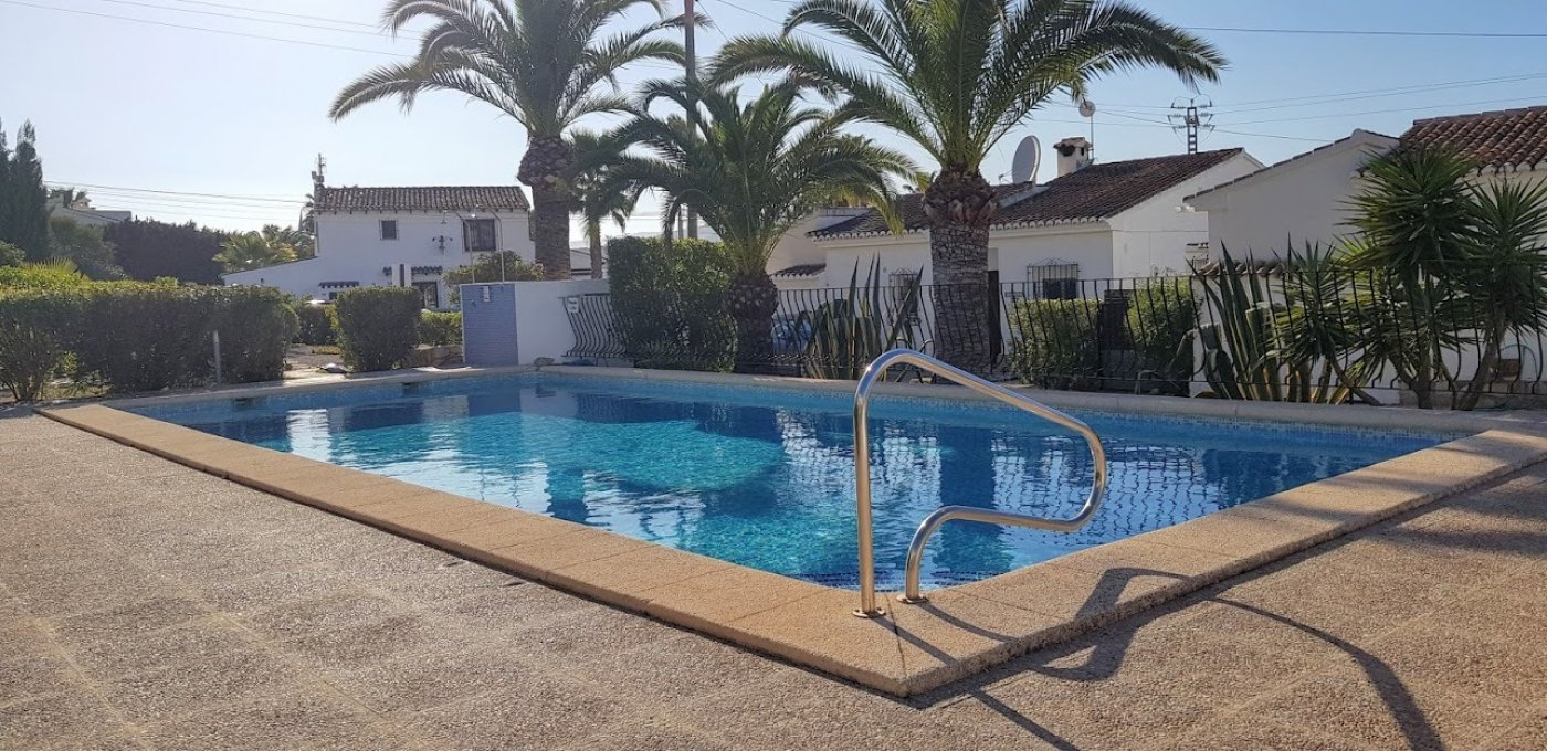 villa en moraira · paichi 185000€