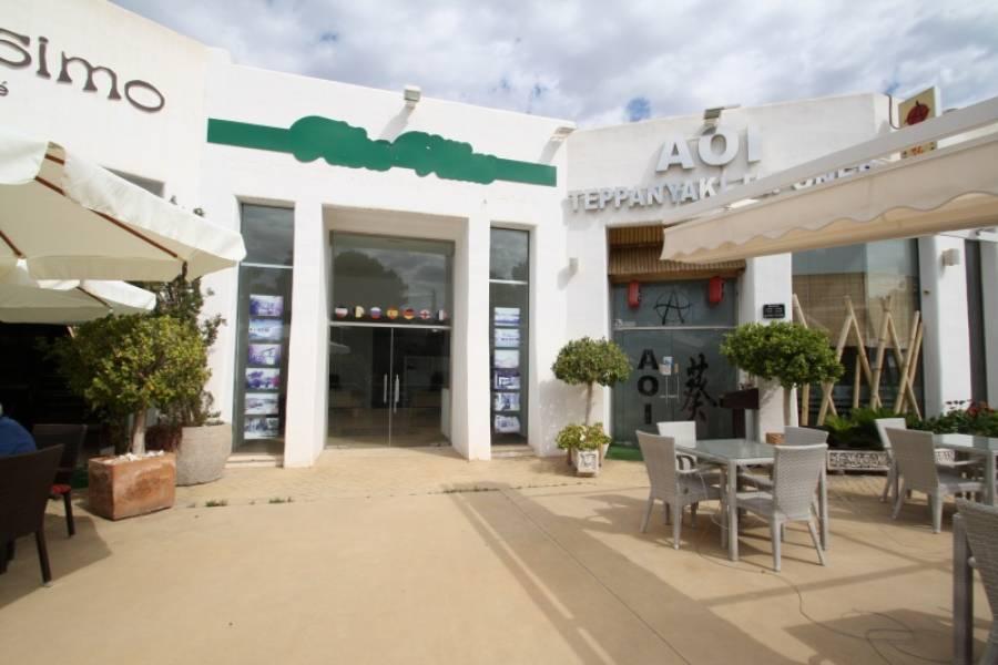 local-comercial en moraira · andrago 300000€