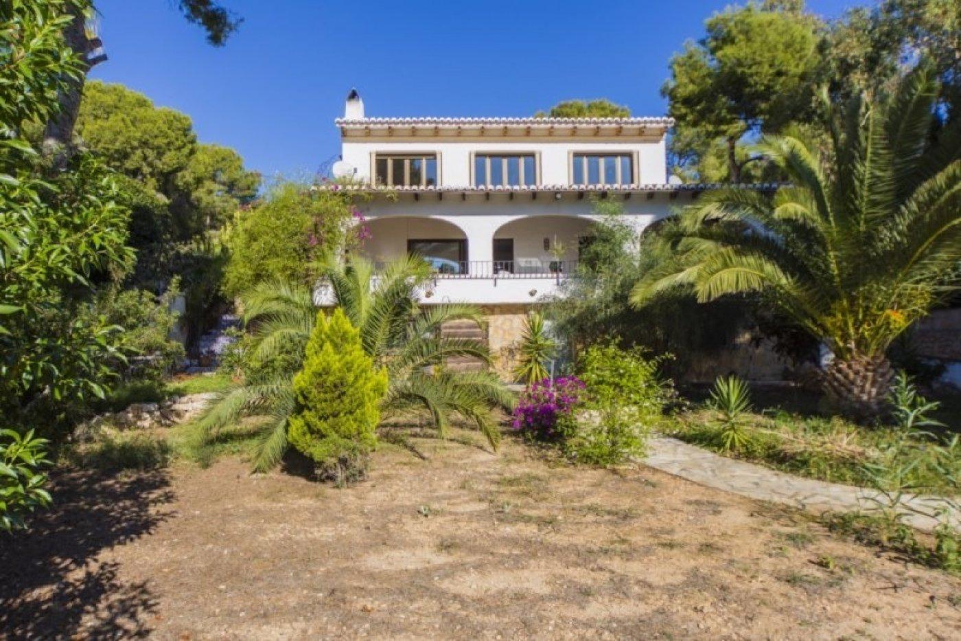 villa en moraira · cap-blanc 645000€