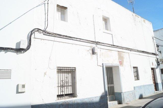 adosado en chiclana-de-la-frontera · centro-urbano 100000€