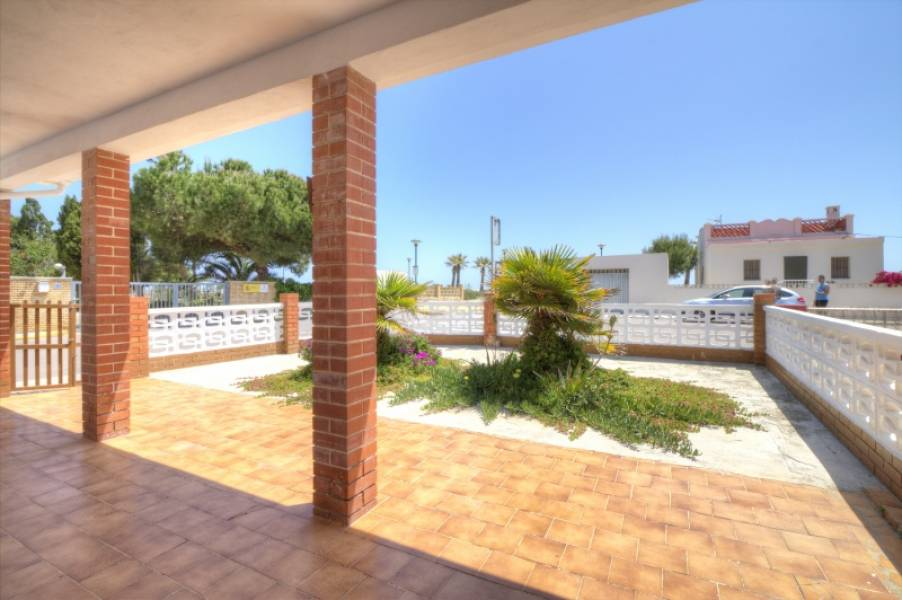 casa en almenara · playa-casco-antiguo 500€