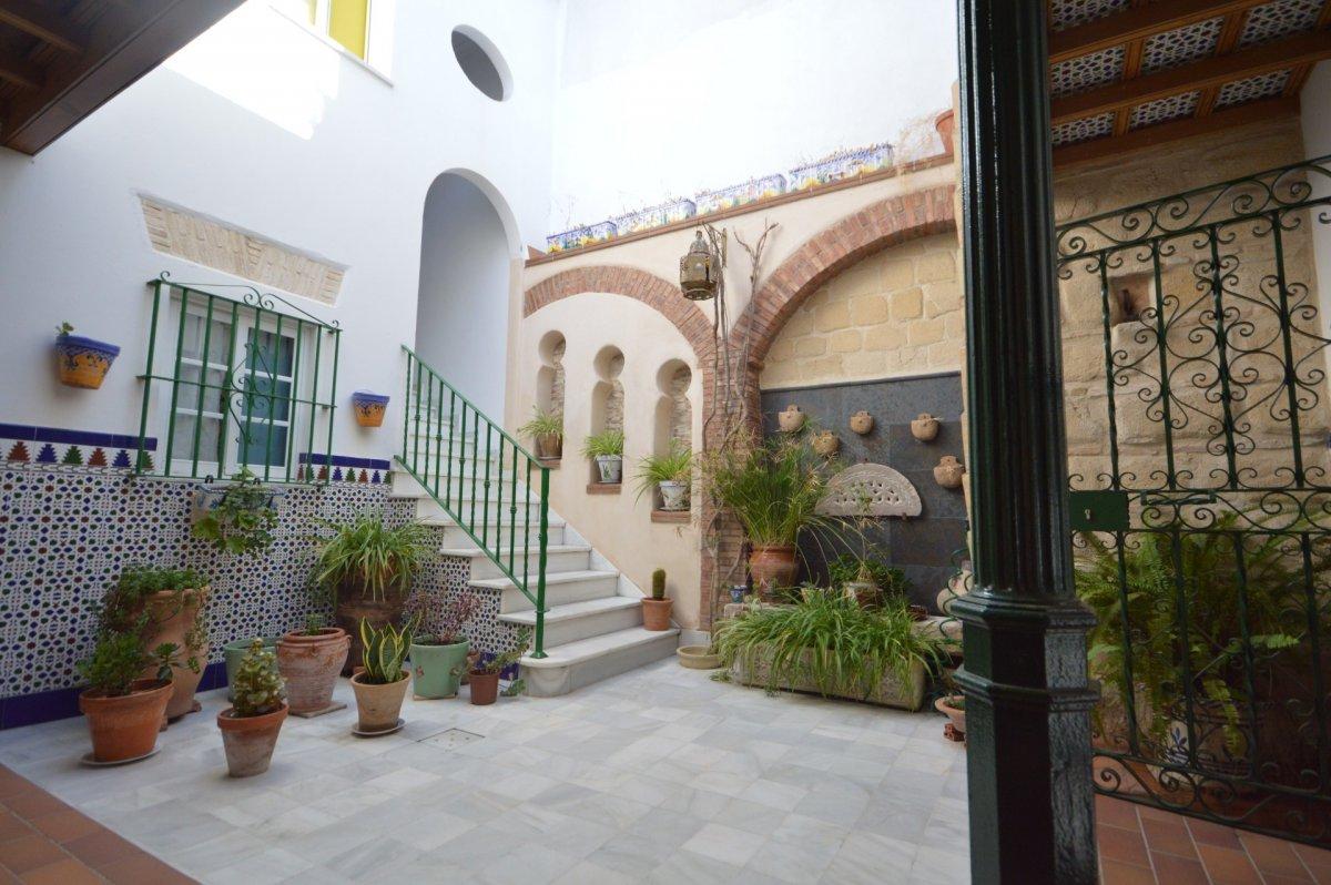 casa en jerez-de-la-frontera · centro 370000€