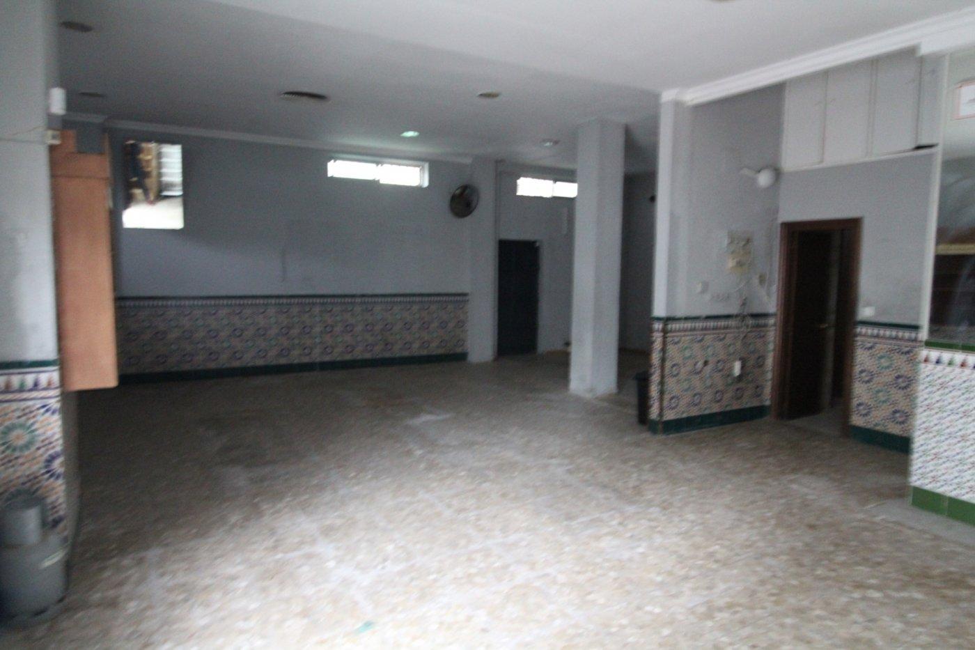 local-comercial en jerez-de-la-frontera · centro 750€