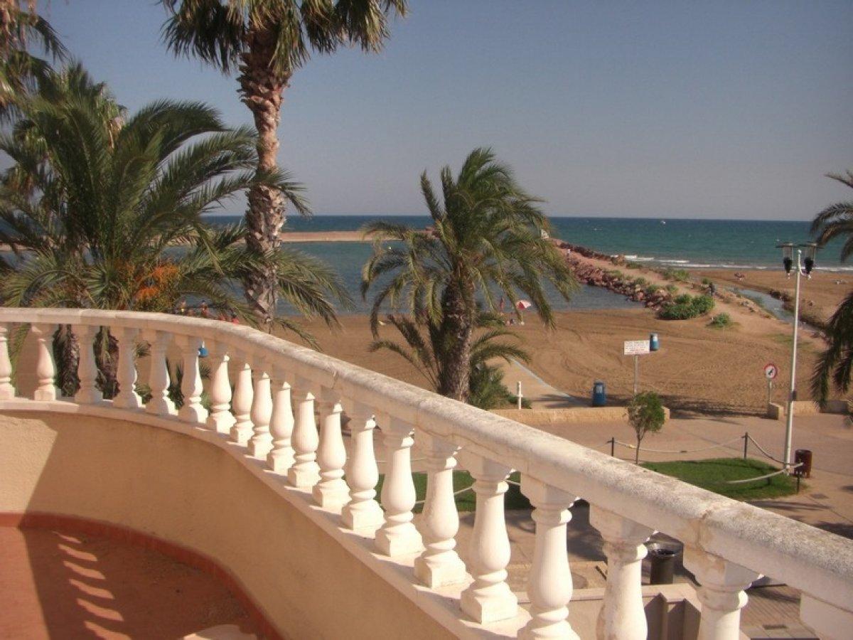 Chalet Independiente en 1ª linea de playa ubicado en Pobla de Farnals 4