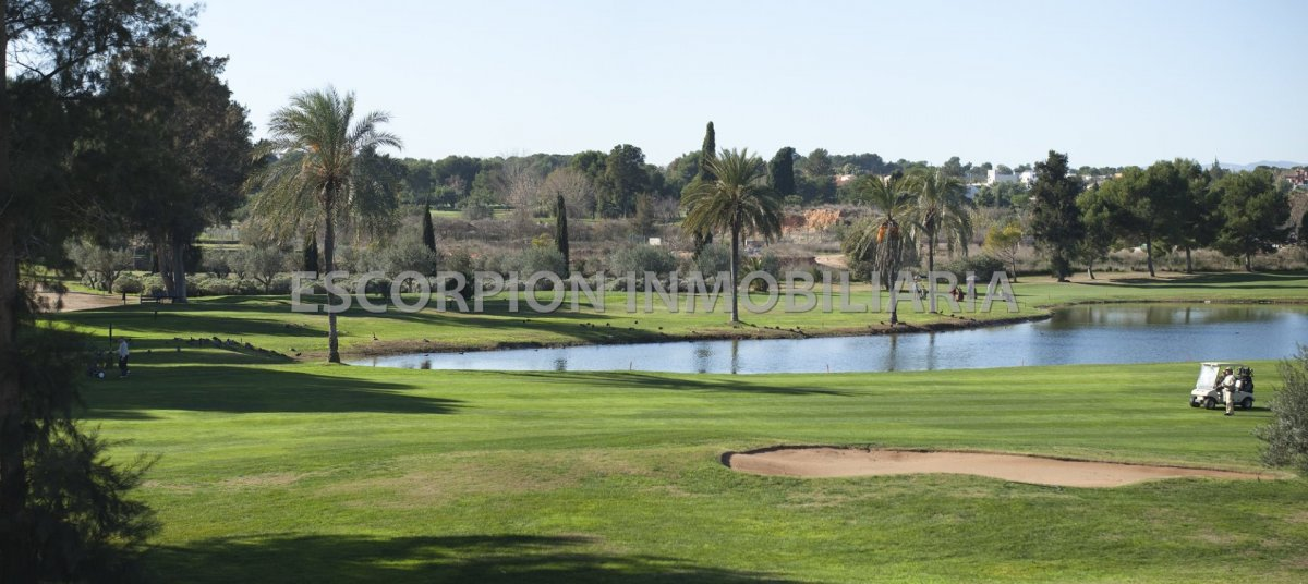 Parcela 1ª Linea de Golf