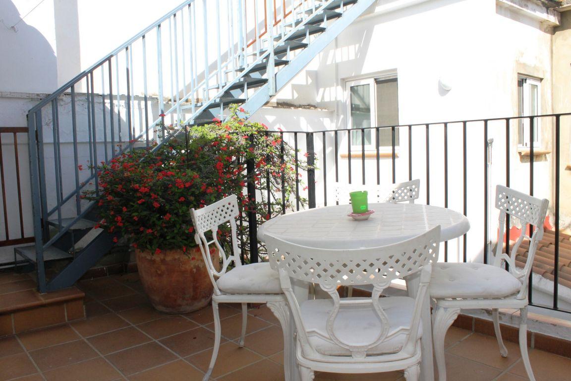Bonita casa de pueblo amplia y reformada ubicada en Burjassot, junto a Casas Verdes 7