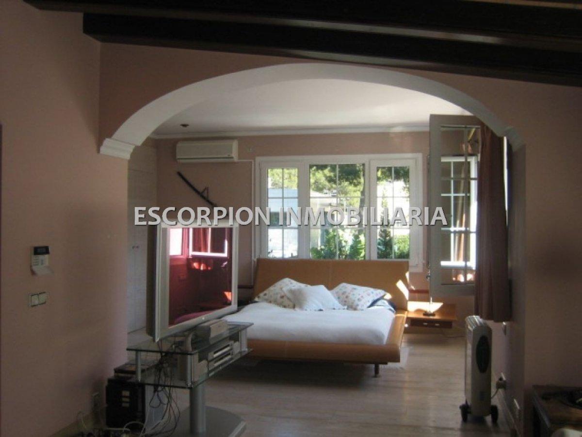 Chalet independiente en venta ubicado en Campolivar (Godella) 3