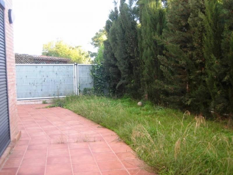 Casa Pareada ubicada en Residencial Privado con excelente zona común 5