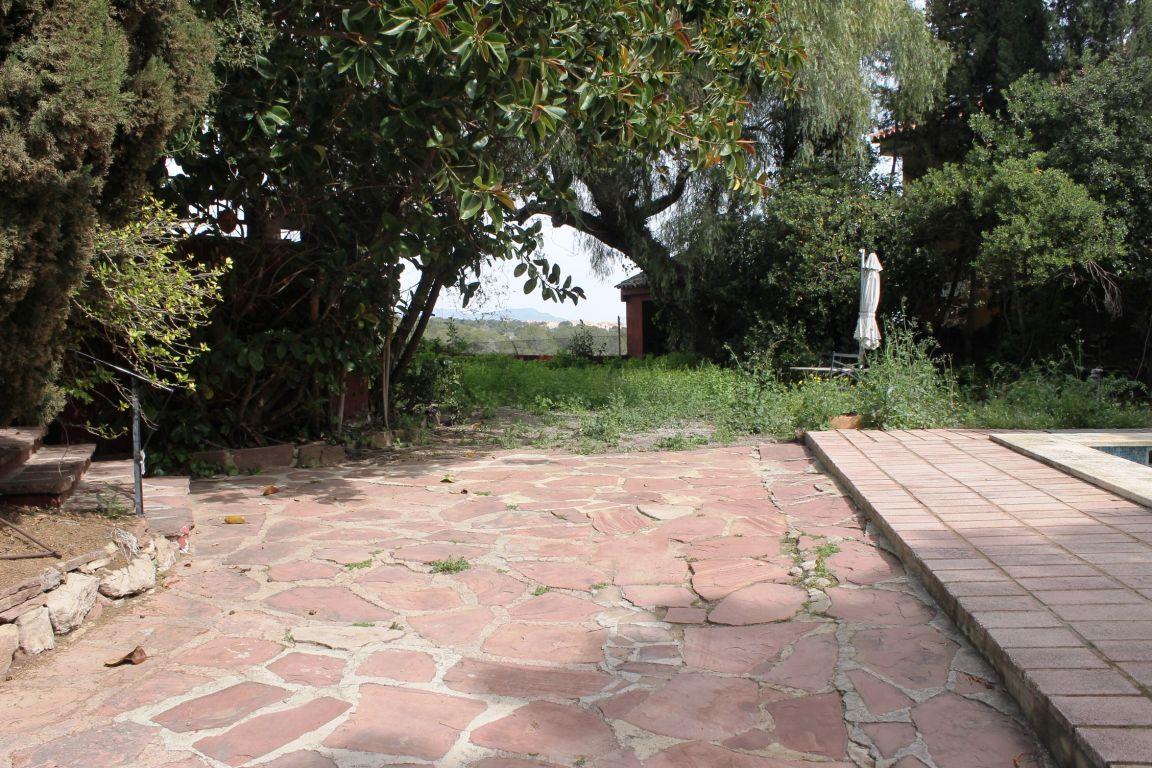 Chalet independiente en ubicación exclusiva y única de Campolivar 5
